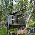 Handy Father Tree House