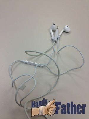 Twig - Headphone Tangle Preventer