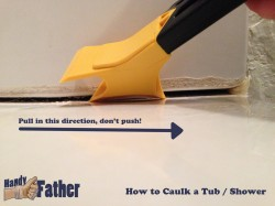 How-to caulk a bathtub - Caulking Removal Tool